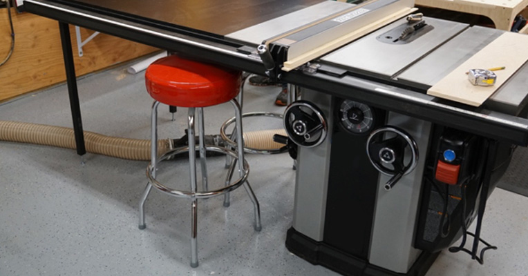 Router basics learn how to use a router table what makes a really good router table keyboard keysfo Image collections