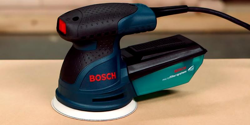 Bosch ROS20VSC Random Orbit Sander with Carrying Bag in the use