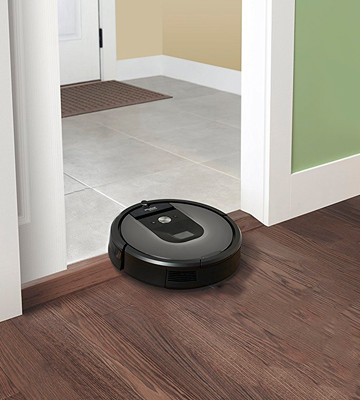 Review of iRobot Roomba 960 Robot Vacuum for Pet Hair