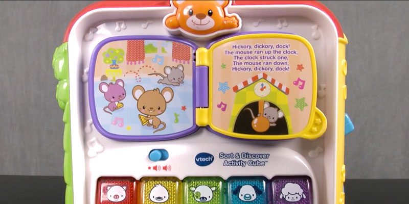 VTech Sort & Discover Activity Cube in the use