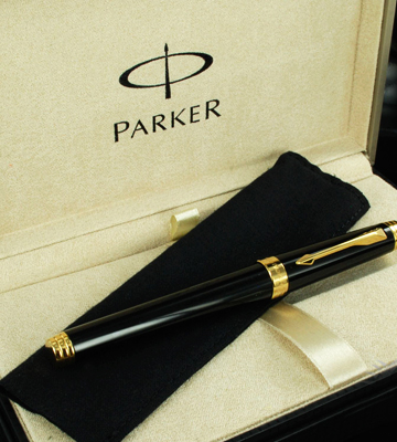 Review of Parker Pen with Golden Trim