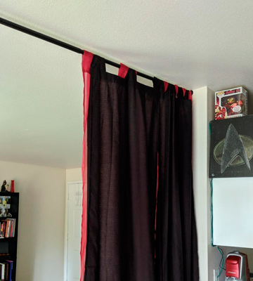Review of AmazonBasics Basic Tension Curtain Rod