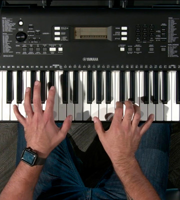 Review of Yamaha PSR-E-363 Touch Sensitive Portable Keyboard