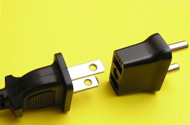 Best Plug Adapters for When the Cultural Differences Strike