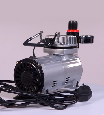Review of Master Airbrush KIT-SP7B-20-2 Air Compressor and 3 Airbrushes Kit