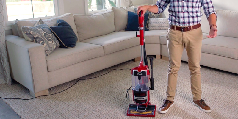 Review of Shark Navigator ZU561 Upright Vacuum