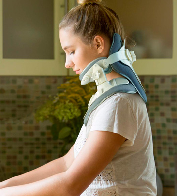 Review of Remedy For Life Adjustable Neck Traction Device Cervical Collar & Decompression Brace