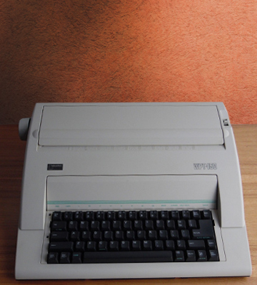 Review of Nakajima WPT-150 Electronic Typewriter