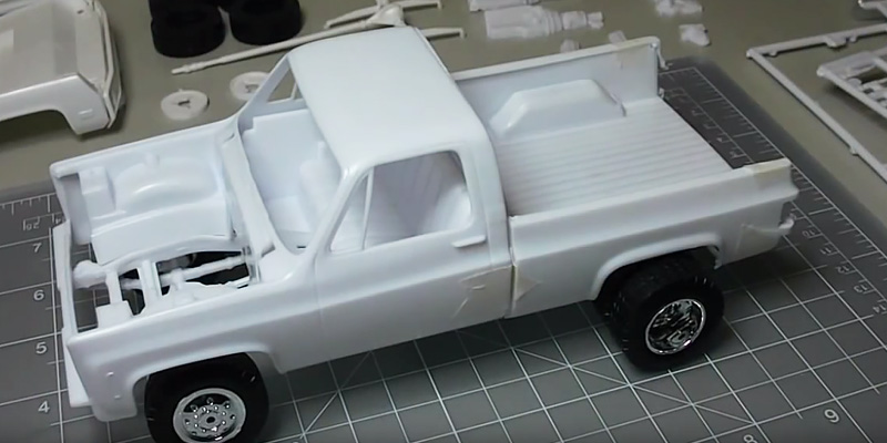 Detailed review of Revell GMC Pickup 85-7222