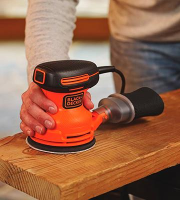 Review of Black & Decker BDERO100 Random Orbit Sander