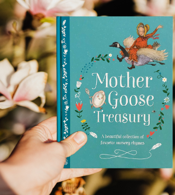 Review of Parragon Books Hardcover Mother Goose Treasury: A Beautiful Collection of Favorite Nursery Rhymes