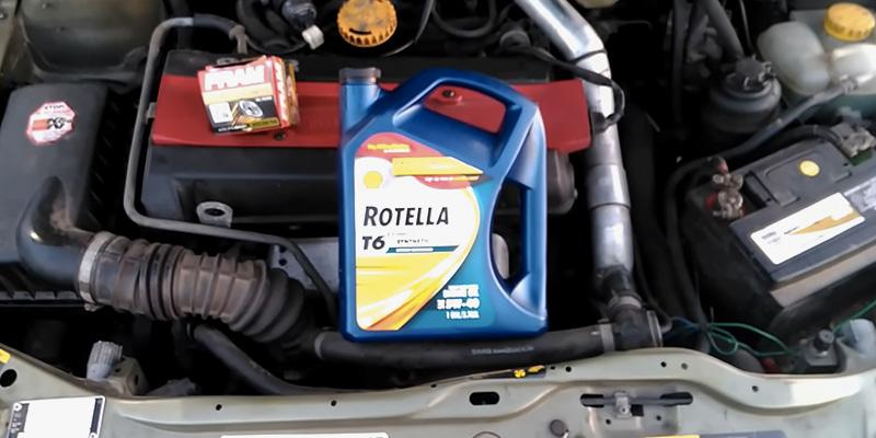 Shell Rotella T6 5W-40 Full Synthetic CJ-4/SM Motor Oil in the use