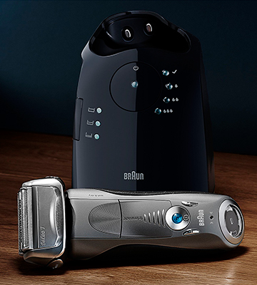 Review of Braun Series 7 (7865cc) Men's Electric Foil Shaver / Electric Razor