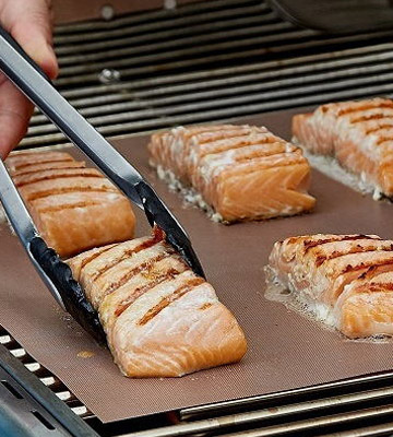Review of YRYM Set of 5 Non Stick Grill Mat