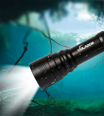 Review of VOLADOR 1000 Lumen Diving Flashlight