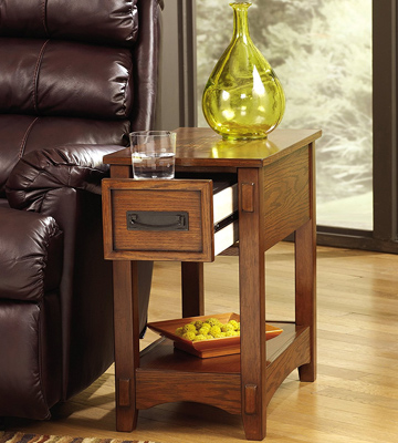 Review of Signature Design by Ashley T007-319 End Table