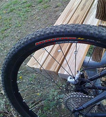 Review of Maxxis Ignitor Mountain Bike Tire
