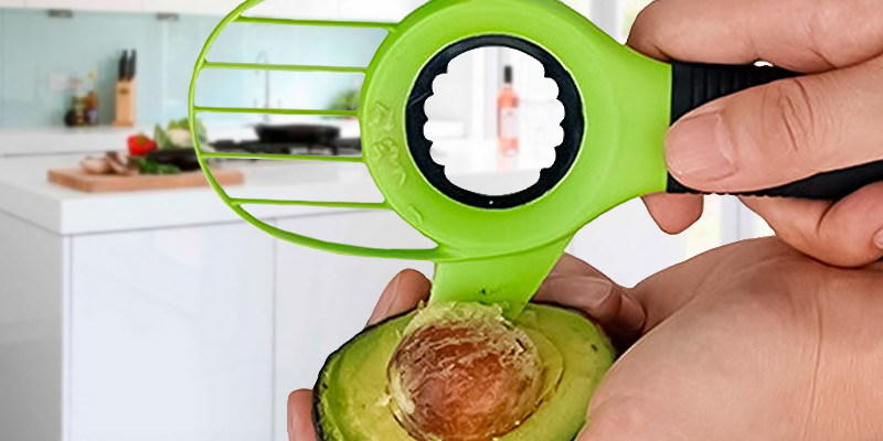 Review of UNIQUEE 3-in-1 Avocado Tool Slicer Pitter Cutter Corer Peeler