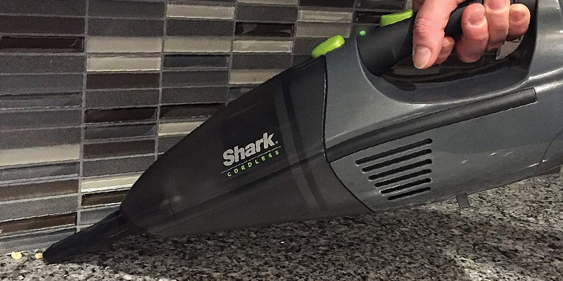 Review of Shark LV801 Cordless Pet Perfect Lithium-Ion Handheld Vacuum
