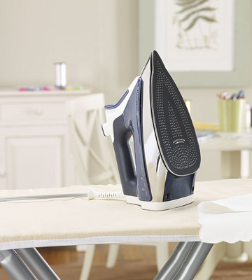 Review of Rowenta DW8080 Pro Master Steam Iron