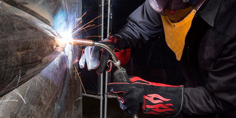 Review of Lincoln Electric K2979-ALL Welding Gloves with Kevlar Stitching