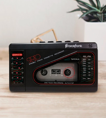 Review of Broksonic TSG-45 Walkman AM/FM Stereo Cassette Recorder with Dynamic Stereo Headphones