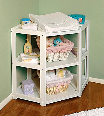 Review of Badger Basket Corner Changing Table