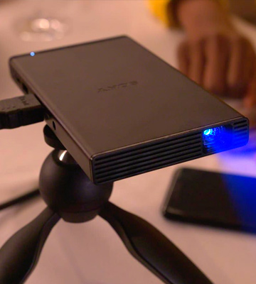 Review of Sony MP-CD1 Pocket-Sized Portable Projector
