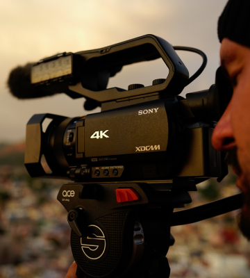 Review of Sony HXR-NX80 4K HD NXCAM Camcorder
