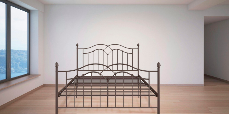 Detailed review of DHP The Tokyo Metal Frame Daybed and Trundle
