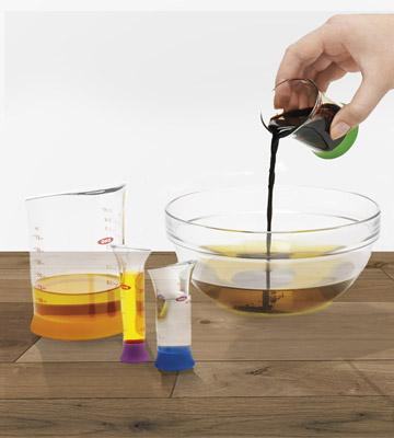 Review of OXO 7-Piece Nesting Measuring Beaker Set