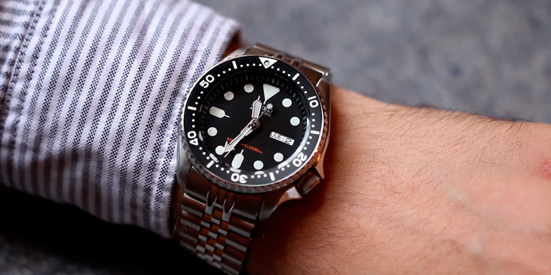 Review of Seiko SKX007K Men's Automatic Analogue Watch with Rubber Strap