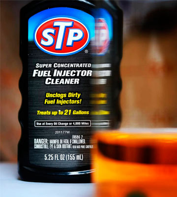 Review of STP 78577 Super Concentrated Fuel Injector Cleaner