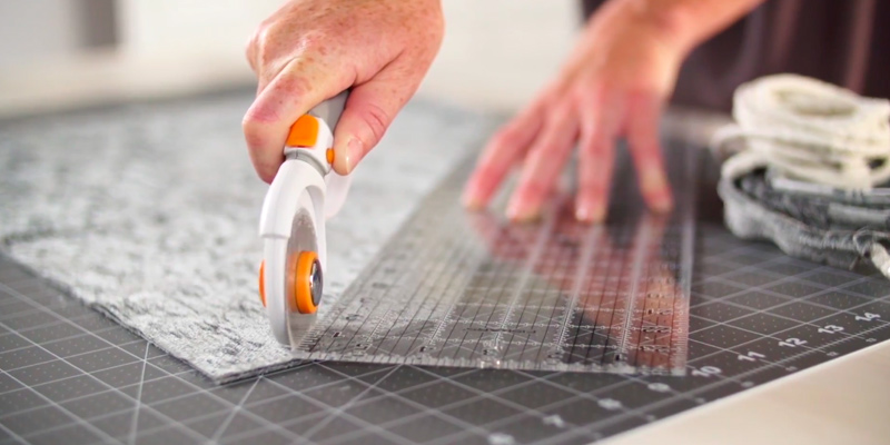 Review of Fiskars 01-005875 Rotary Cutter