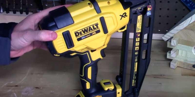 Review of DEWALT DCN660B Finish Nailer