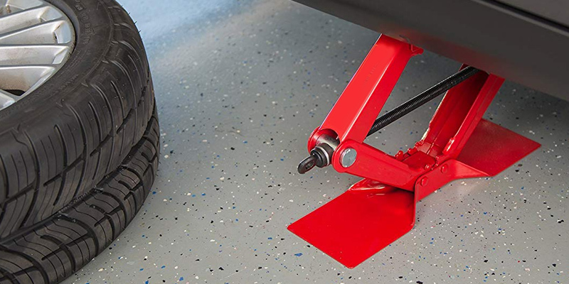 Review of Torin Jack T10152 Big Red Steel Scissor Jack (1.5 Ton Capacity)