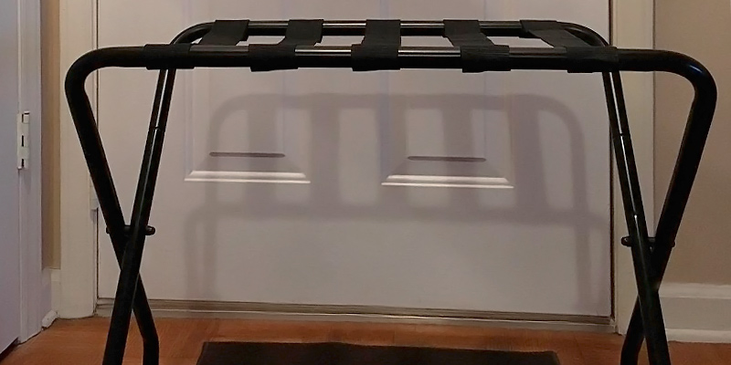 Review of SONGMICS URLR64B Metal Folding Luggage Rack Black