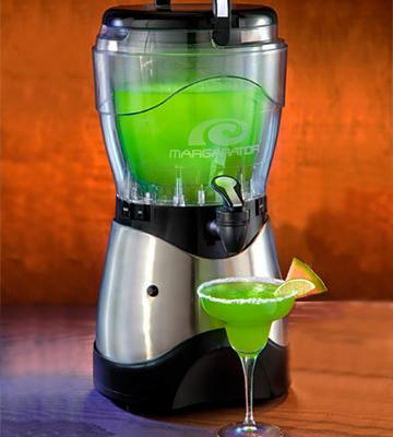 Review of Nostalgia Electrics HSB590 Margarita & Slush Machine