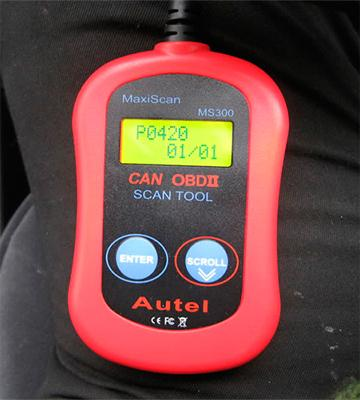 Review of Autel MS300 CAN Diagnostic Scan Tool for OBDII