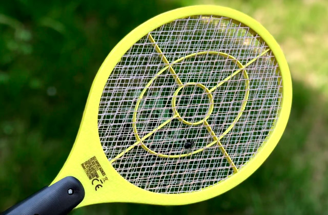 Comparison of Bug Zapper Rackets