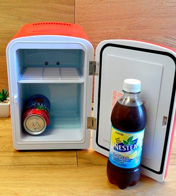 Review of Koolatron KWC-4 Coca-Cola Personal 6-Can Mini Fridge