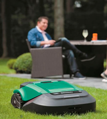 Review of Robomow RS630 Robotic Lawn Mower
