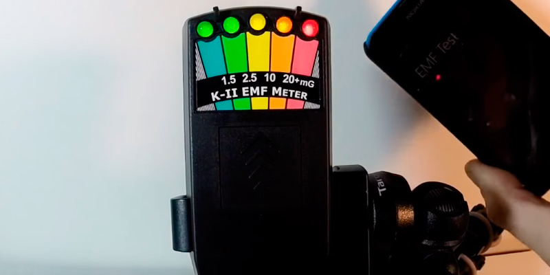K2 Black EMF Meter in the use