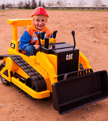 Review of Kid Trax Cat KT1136 Ride On Bulldozer