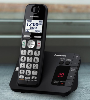 Review of Panasonic KX-TGE433B Cordless Phone with Answering Machine
