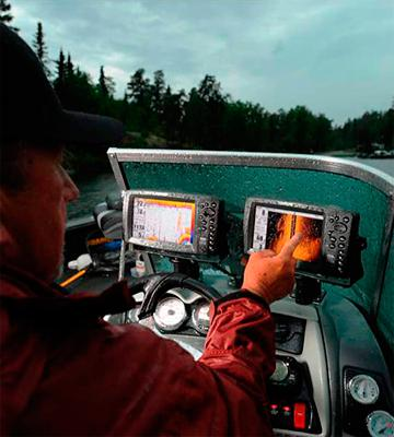 Review of Humminbird 409620-1 Fish Finder with Down-Imaging and GPS