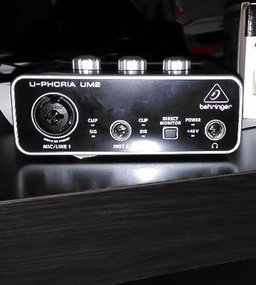 Review of Behringer U-Phoria UM-2 Audio Interface