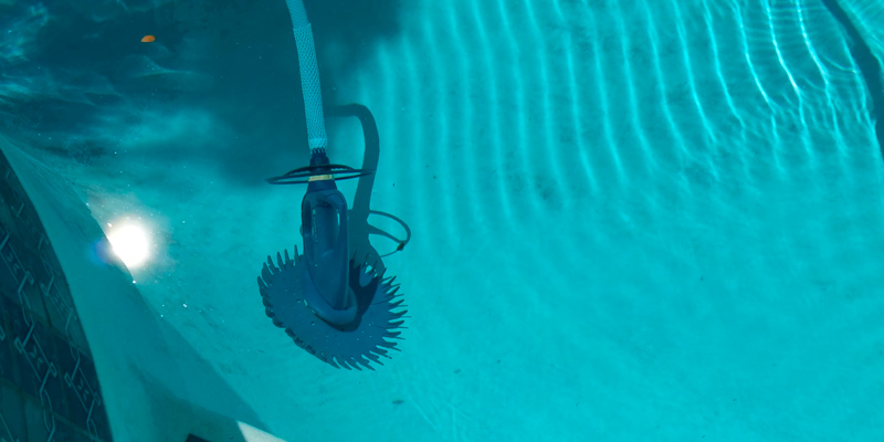 Review of Zodiac Baracuda G3 W03000 Automatic Pool Cleaner