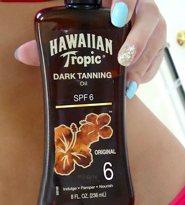 Review of Hawaiian Tropic Dark Tanning Sun Care Sunscreen Spray