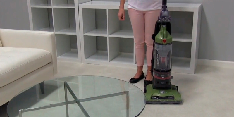 Review of Hoover UH70120 T-Series WindTunnel Rewind Plus Bagless Upright Vacuum